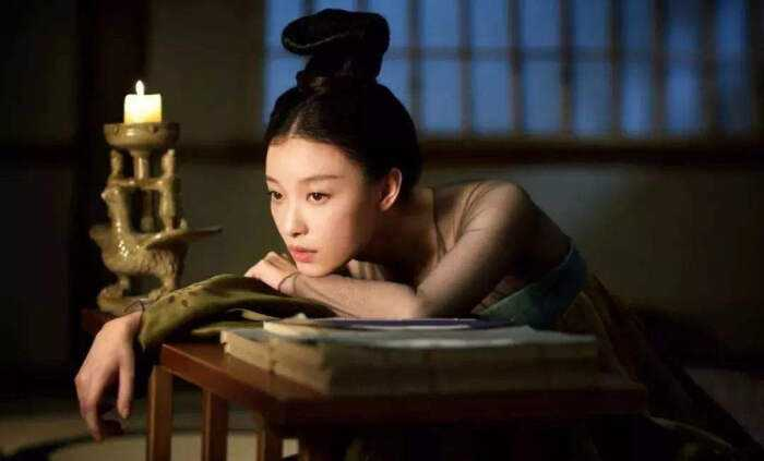 Live in the World of Netflix's Hit Show, The Rise of the Phoenixes!