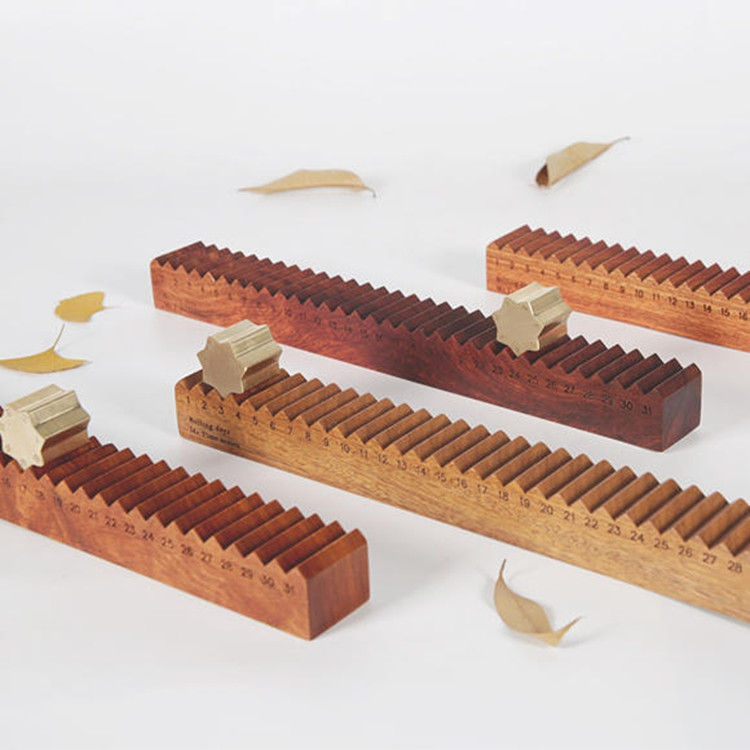 Wooden Chinese Rolling Calendar – 2 Versions Available
